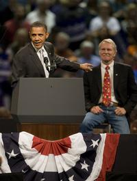 Big news: Kitzhaber to sit with Michelle Obama at State of the Union